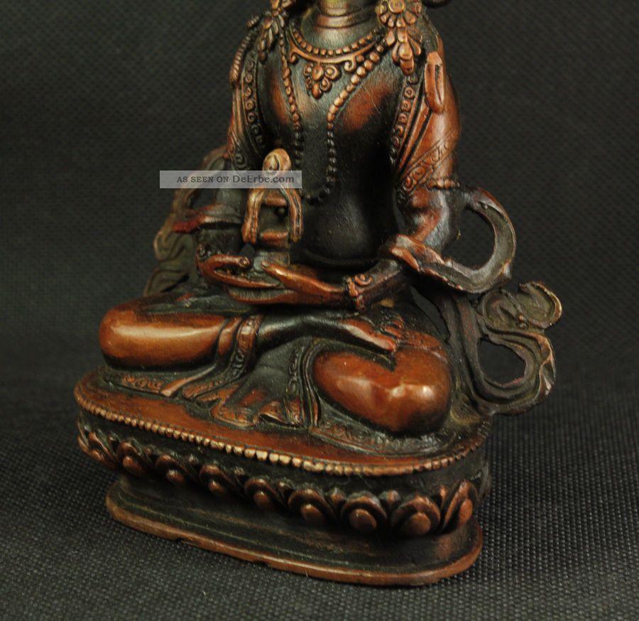 Asiatische Skulpturen der großen Skala