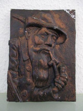 Relief Wandbild Jäger Mit Pfeife Gußaluminium 16x21,  5 Cm Kupferfarben Mit Patina Bild