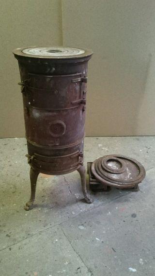 Alter Kleiner Kanonenofen Nr.  3 Dachbodenfund Scheunenfund Garagenfund Uralt Bild