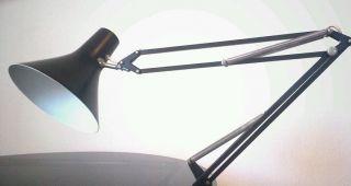 Stylische Schreibtischlampe - Architektenlampe 60 - Er Jahre Bild