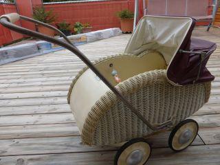 Puppenwagen Antik Bild