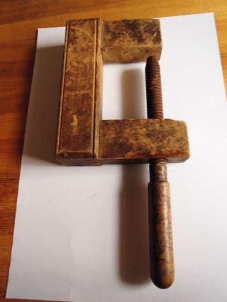 Antike Holzschraubzwinge Bild