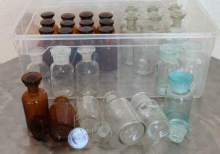 31 Apothekerflaschen Mit Glasstöpsel Braunes&weißes Glas Vase Medizinflasche Bild