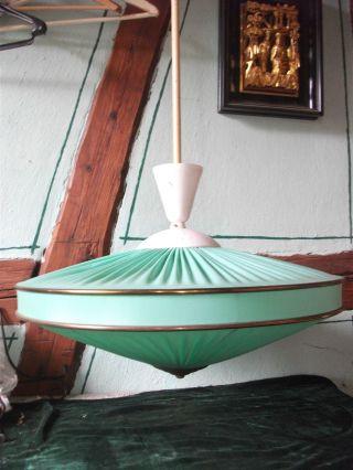 Ufolampe;hängelampe;faltenschirm;lampe;50er Jahre Bild