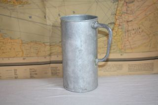 Alter Antiker Maßkrug Mit Henkel Nieselmaß Meßbecher Ca.  1 Liter Zink,  Rollenspiel Bild