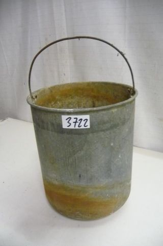 3722.  Alter Zink Eimer Old Zinc Bucket Bild