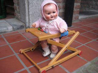 Ohne Puppe Gehfrei Gefrei Lauflernwagen Puppenwagen Puppenstuhl Hochstuhl Zekiwa Bild