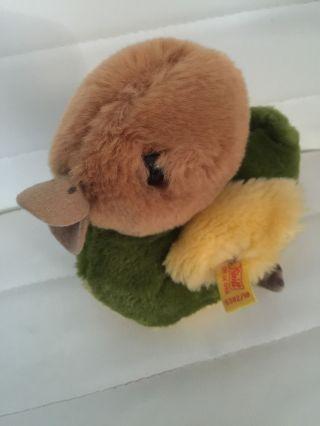 Süße Ente Von Steiff Mit Knopf Und Fahne Bild