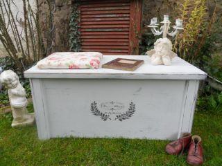 Shabby/vintage Holz - Truhe Sitzbank Couchtisch Aufbewahrung Antik - Weiß Landhaus Bild