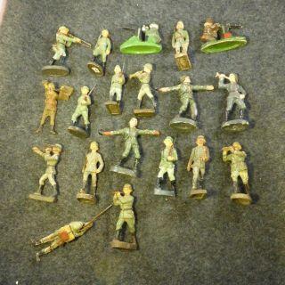 Massesoldaten,  Lineol,  Elastolinfiguren 19 Figuren Bild