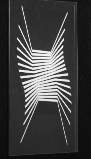 Objekt,  Konkrete Kunst,  Kunststoff,  Handsigniert,  H.  Heinecke,  D46 Bild
