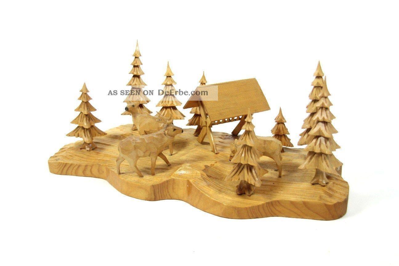 handgeschnitzte dekoration aus dem erzgebirge waldszene b ume wild holz 37x17 cm. Black Bedroom Furniture Sets. Home Design Ideas