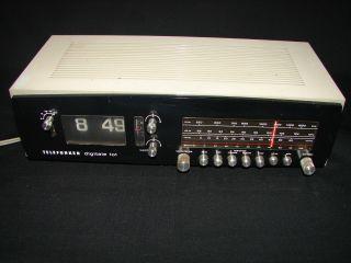 Tischradio Klappzahlenwecker 70er - Jahre Telefunken Digitale 101 Vintage Bild