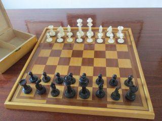 Altes Schachspiel - Bein Handarbeit Vor 1945 Bild