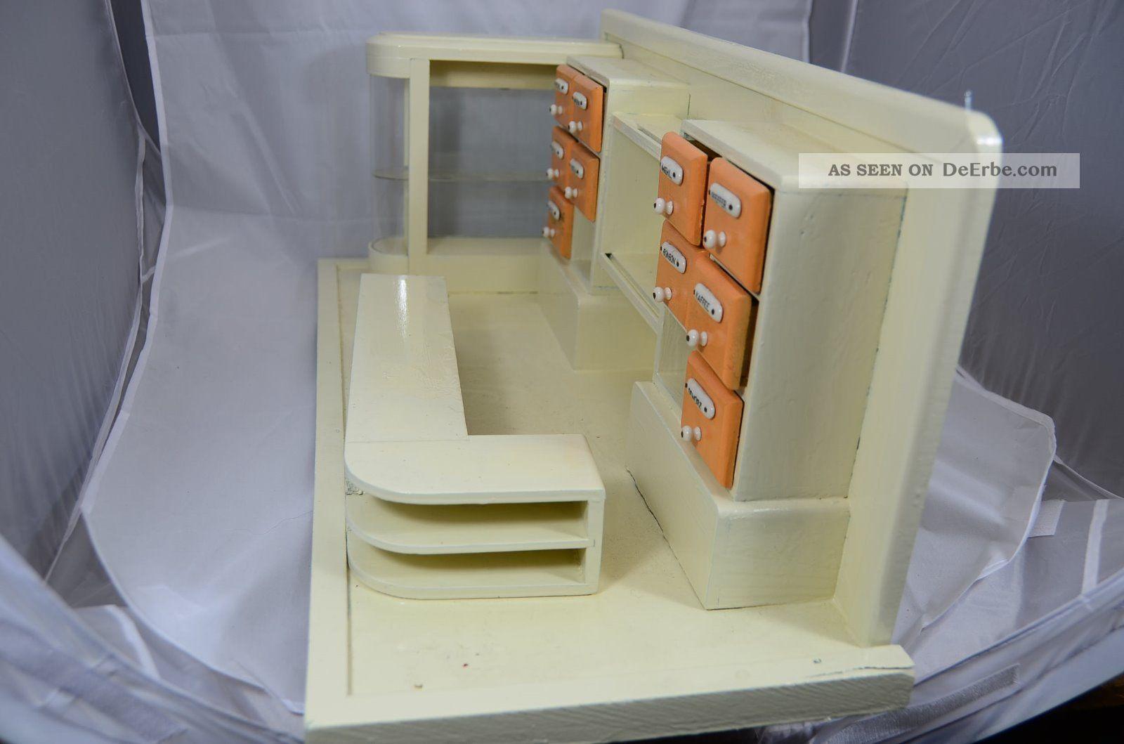alter kaufladen kaufmannsladen mit viel zubeh r. Black Bedroom Furniture Sets. Home Design Ideas