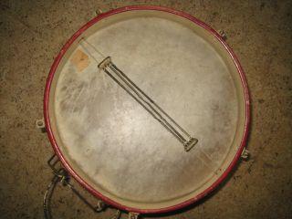 Alte Trommel Rot Weiß Braun Für Dekoration Oder Musikinstrument Bild