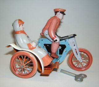 Tintoy,  Blechspielzeug,  Tolles Motorrad Mit Uhrwerk,  Schlüssel,  Ms 458,  China. Bild
