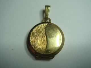 Antikes Art Deco Medaillon Zum Aufklappen Aus Amerikaner Gold Double K&l Punze Bild