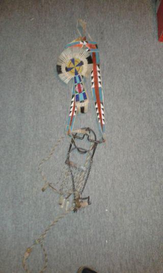 Indianisches Pferdezaumzeug Crow Bild