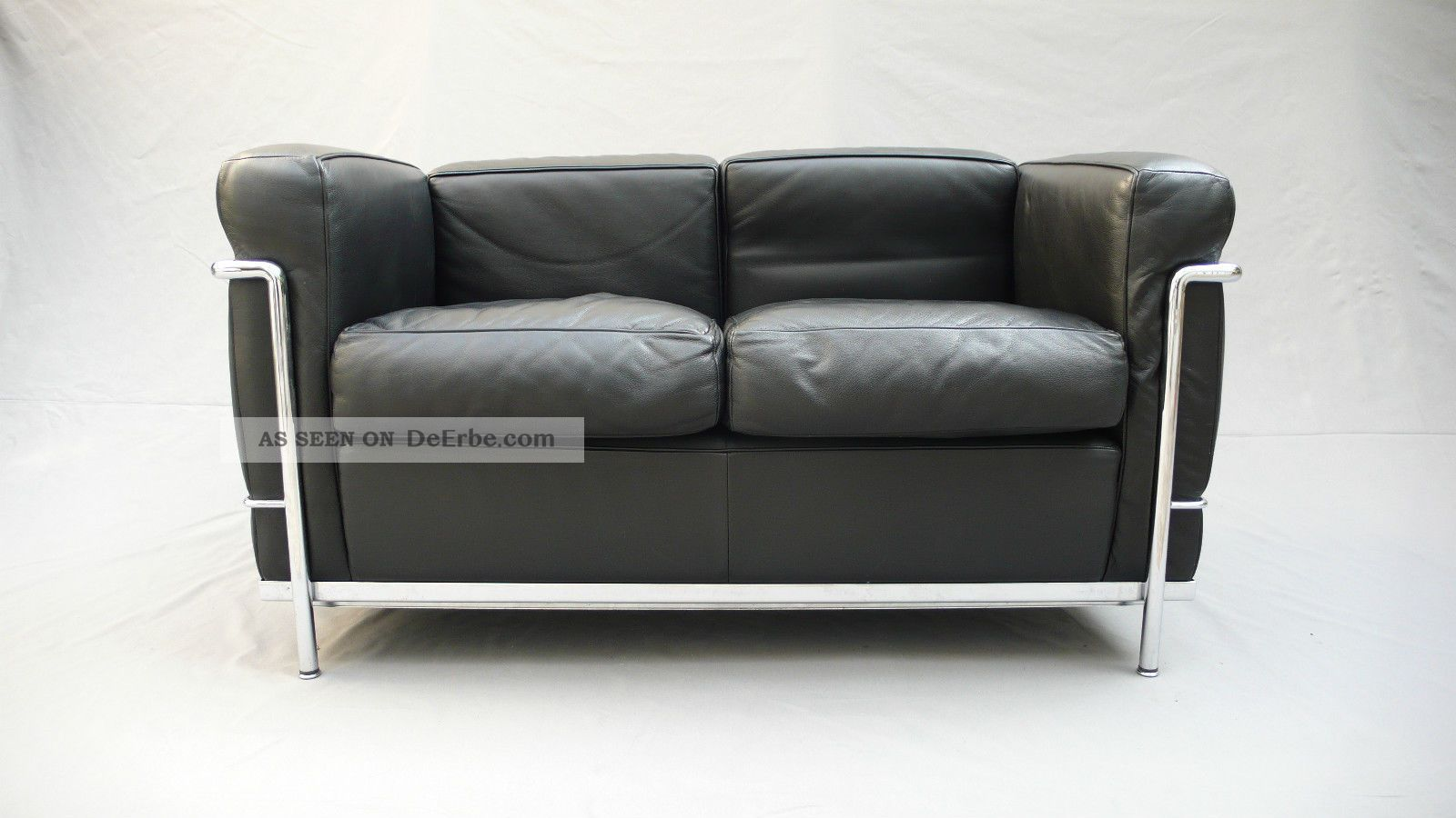 cassina lc2 sofa le corbusier bauhaus leder lc 2 klassiker. Black Bedroom Furniture Sets. Home Design Ideas