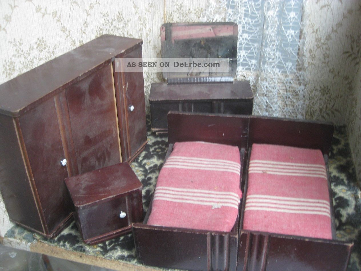 schlafzimmer m bel bett schrank holz f puppenstube puppenhaus antik alt 1900. Black Bedroom Furniture Sets. Home Design Ideas