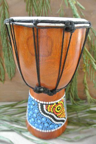 Djembe / Holz / Trommel / Instrument / Drum / Musik Schlag Instrument / 4087 Bild