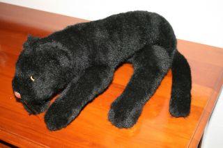 Steiff Lieg - Panther • Panther 35 Cm • 1972 - 81 • Lying Panther Bild
