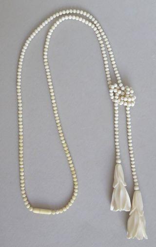 Art Déco Halskette 2 Geschnitze Blüten,  Perlen Erbach Bein Knochen Um 1925 Bild