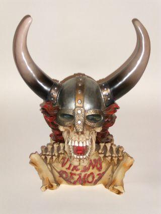 Cooler Wikinger - Totenkopf/schädel - Büste Mit Helm Und Roten Haaren