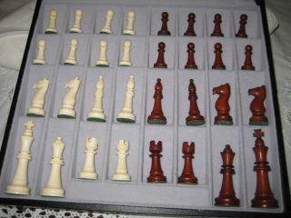 Altes Schachspiel - Bein Handarbeit In Schatulle Komplett Sehr Edel Bild