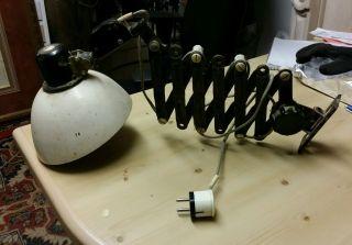 Schöne Alte Ddr Werkstattlampe Mit Ausziehbarem Scherenarm Bild