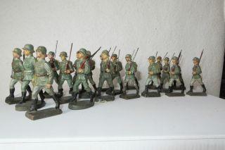19 Massefiguren,  7,  5 Cm,  Wehrmachtsoldaten