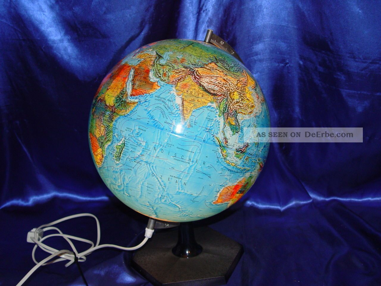 alter mittelgro er globus beleuchtet scan globe a s. Black Bedroom Furniture Sets. Home Design Ideas