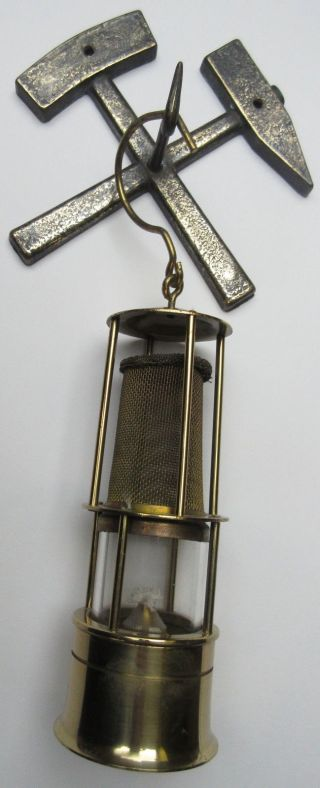 Glueckauf Gmbh Miniatur Grubenlampe Bergmannlampe Mit Wandhalterung - Messing Bild