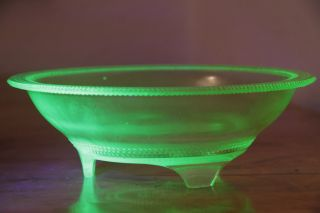 Schale 40er 50er Jahre Art Déco Glas Uran Uranglas Grün Grünglas Alt Antik 5 Bild