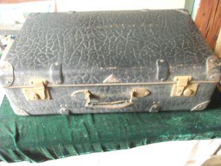 Alter Koffer;reisekoffer;bag;geprägt Bild