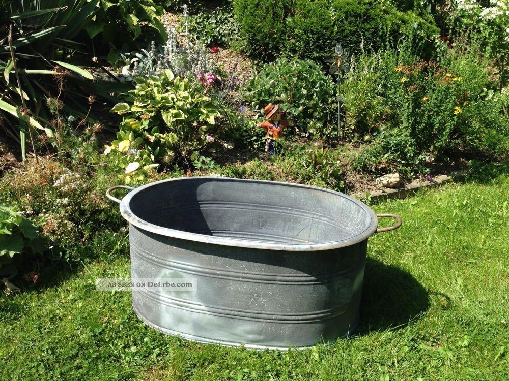 Alte zinkbadewanne zinkwanne kinderbadewanne pferdetr nke wanne pflanzen top - Badewanne im garten ...
