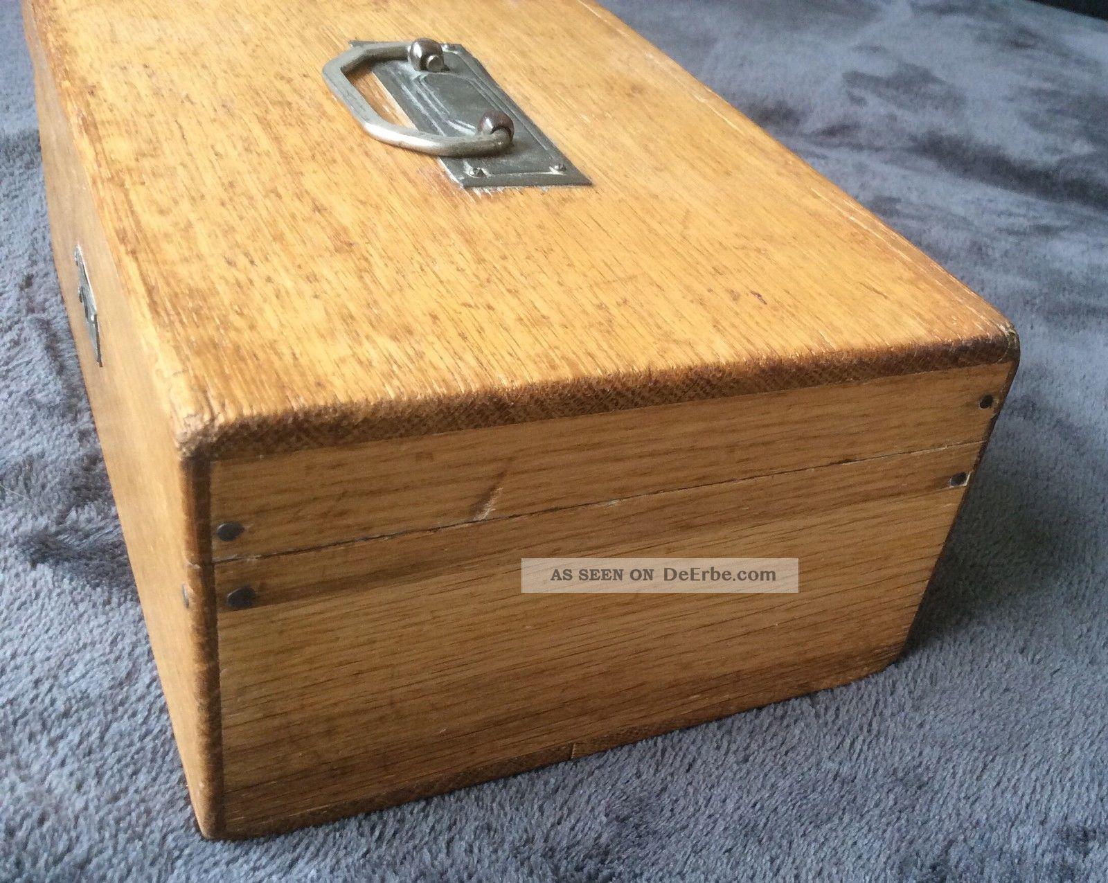 Alte geldkassette aus holz mit schl ssel for Alte obstkisten aus holz