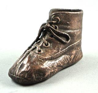 Bezaubernder Kleiner Kinderschuh,  Erstlingsschuh,  Galvanisiert Mit Kupfer.  Antik Bild