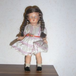 Alte Schildkröt - Puppe Mit Zöpfen.  Dachbodenfund Bild
