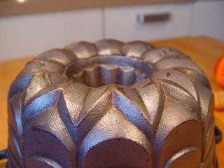 Bundt Pan Cake Cast Iron,  Cast Iron Bundt Cake,  Gugelhupf,  Backform,  Le Creuset Bild
