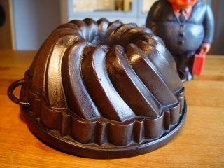 Bundt Pan Cake Cast Iron,  Cast Iron Bundt Cake,  Gugelhupf,  Backform,  Gusseisen Bild