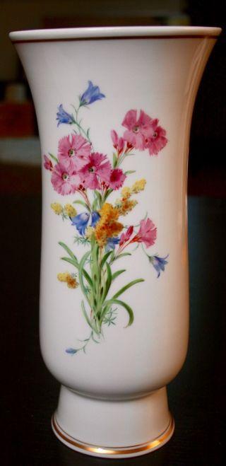 Meissner Vase Blumendekor Mit Goldrand 25cm Hoch,  Öffnung Oben Durchmesser Von 1 Bild