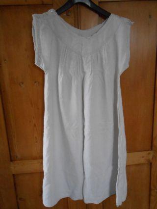 Altes Leinenhemd,  Handgewobenes Bauernleinen,  Damenunterrock,  1900,  Mit Biesen Bild