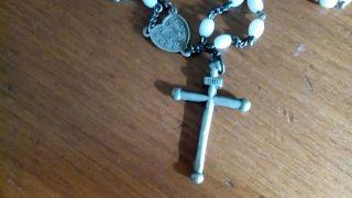 Sehr Schöner Rosenkranz Aus Nachlass - - - Weisse Perlen Und Tolles Kreuz Bild