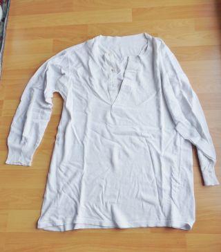 Altes Herrenunterhemd Langärmlig,  Kleinere - Mittlere Größe Bild