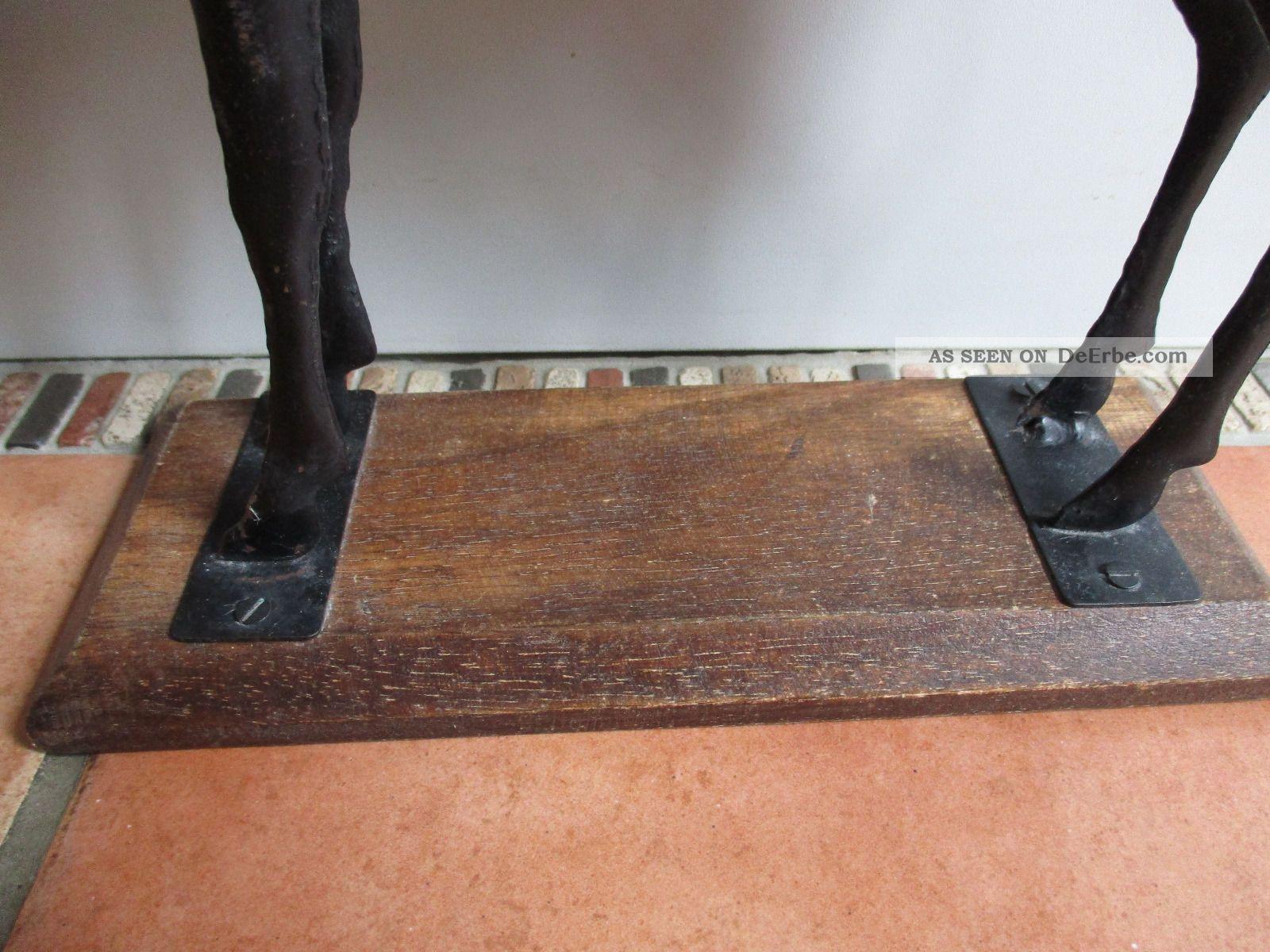 skulptur holzpferd standpferd holz metall auf sockel. Black Bedroom Furniture Sets. Home Design Ideas