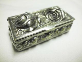 Kleine Antike Dose - Rosenmotiv - Versilbert/lovely Antique Snuff Box With Roses Bild