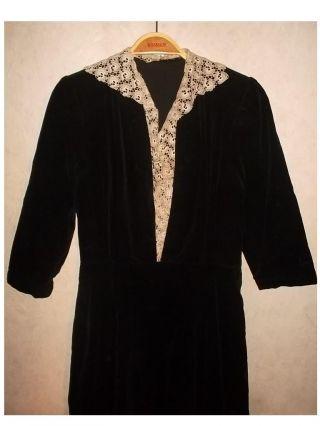 Schwarzes Samtkleid Selbstgenäht Konfirmationskleid Mädchen 1950 Vintage Bild