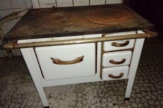 Gußofen Ofen Holzofen,  Alter Ofen